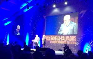 Jeremy Bowen, président du jury et Nicolas Poincaré, présentateur de la soirée